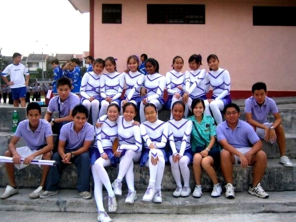 One of the team's I coached during my high school years.. Team UNGGUL! They took the gold home, too ;)
